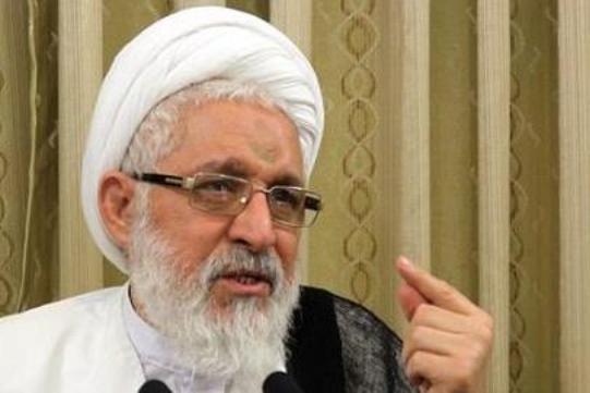 نماینده ولی فقیه در استان فارس گفت: هیچ گونه قضاوت منفی یا مثبتی در مورد استاندار جدید فارس نداریم