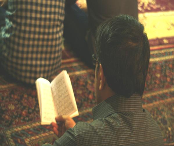 احیاء شب نوزده ماه مبارک رمضان