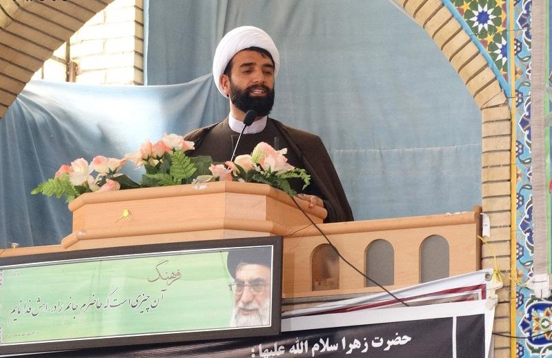 امام جمعه جنت شهر: تکیه به آمریکا و جدایی از علما عوامل موفقیت کودتای ۲۸ مرداد بود