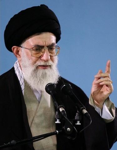 رهبر معظم انقلاب: اجازه نفوذ و حضور آمریکاییها در ایران را نمیدهیم/ فلسطین مسئله اول جهان اسلام است