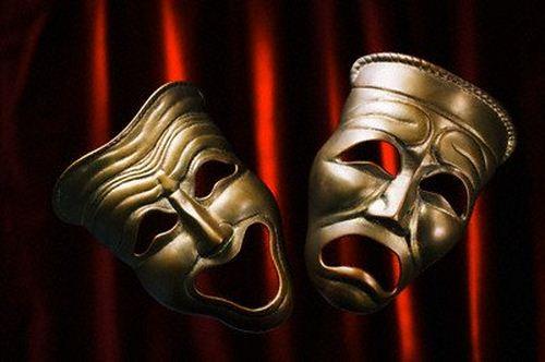 """داوران جشنواره تئاتر فجر فارس مشخص شدند؛ نمایشنامه""""پایان را من تعیین میکنم"""" از داراب یکشنبه ۵ شهریور به روی صحنه می رود"""