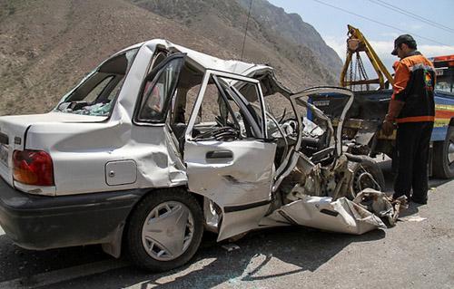 در تصادف پراید و کامیون بنز در در جاده داراب- بندر عباس؛ یک خانم از اهالی فورگ کشته شد