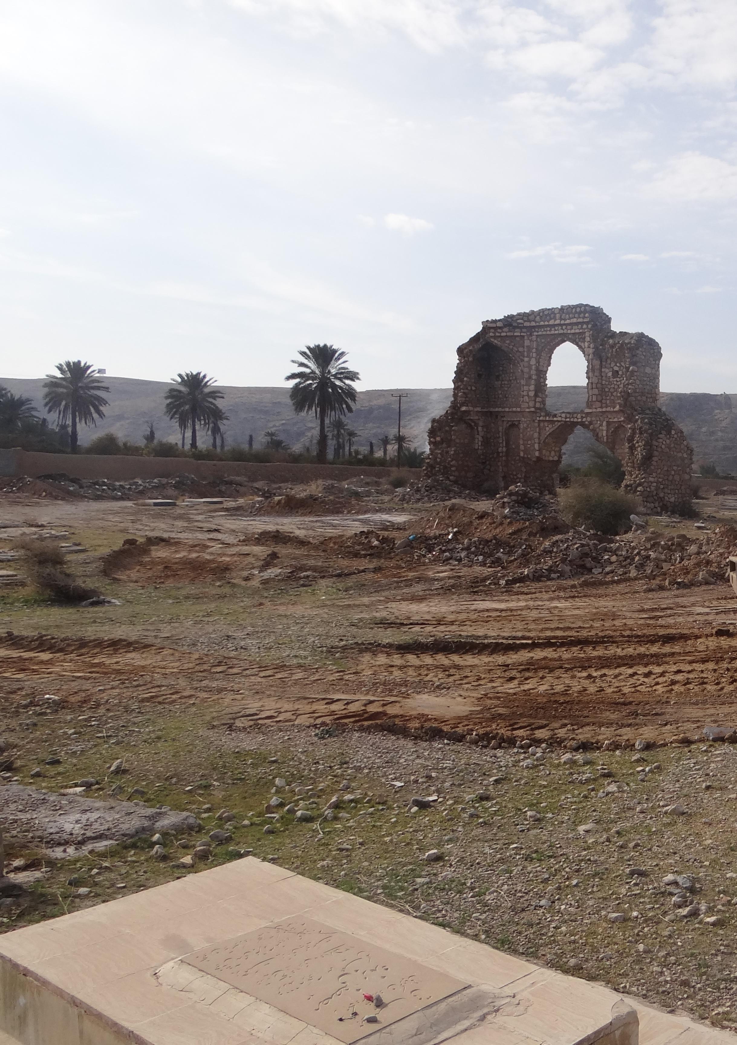 روایت تاریخی صحرای پوشنج و بنای خواجه معین الدین منصور در عهد صفوی