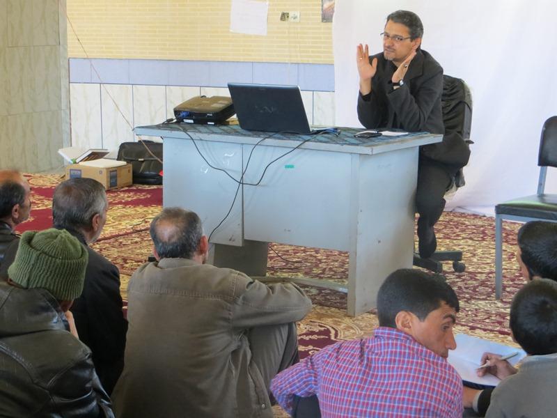 کارگاه آموزشی اصول کاشت و داشت پسته در شهرستان داراب  برگزار شد