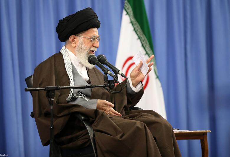 پیام رهبر معظم انقلاب اسلامی در پی حضور پرشکوه مردم در انتخابات؛ سپاس از ملت آگاه و مصمم ایران که مردمسالاری دینی را در چهره درخشان خود به جهانیان نشان دادند