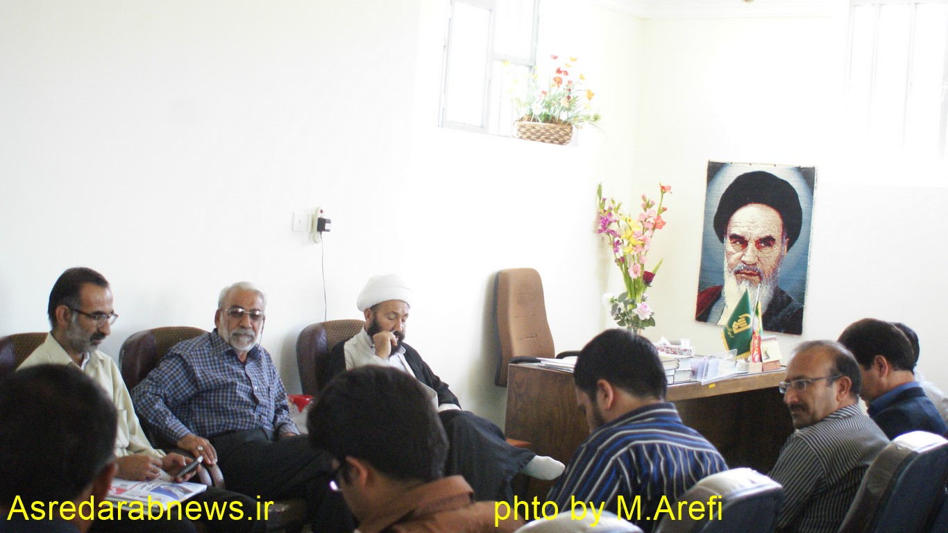 امام جمعه داراب در دیدار با خبرنگاران: هر مسوولی از خبرنگاران دوری کند ضرر خواهد کرد