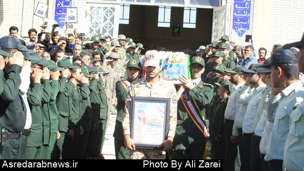 مراسم تشییع با شکوه  شهید ابوطالب صنمی در داراب برگزار شد / گزارش تصویری