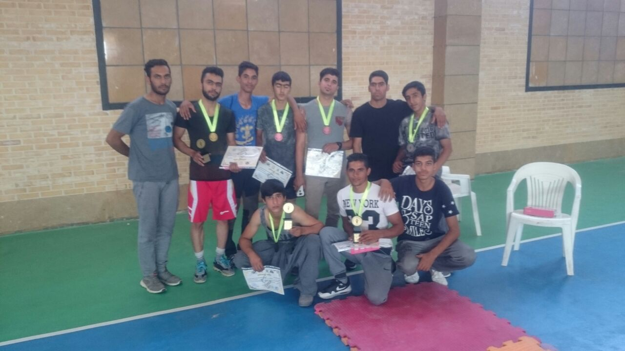 در خشش ورزشکاران دارابی در مسابقات مهارت های فردی و نمایشی  فارس