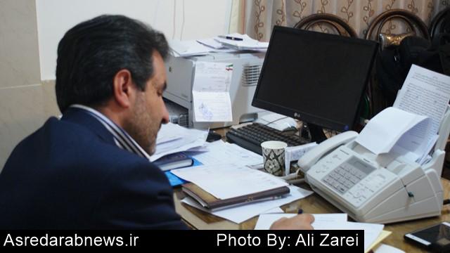 انصاری در نشست خبری مطرح کرد: توسعه  شهرستان های داراب و زرین دشت دغدغه من است/ کمیته عزل و نصب ندارم