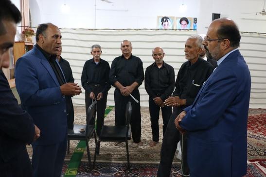 فرماندار داراب در دیدار با اهالی روستای بختاجرد: با همه توان می خواهیم  فرودگاه راه اندازی شود/ به کشاورزان جهت انتقال آبشان کمک خواهیم کرد