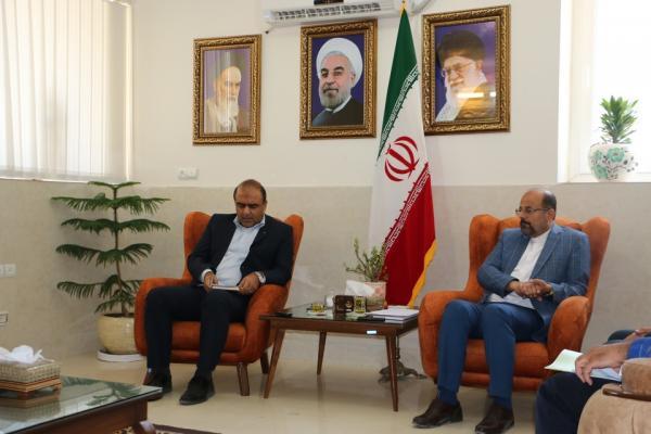 فرماندار داراب در جلسه با مدیرعامل مخابرات استان فارس: اتصال فرودگاه داراب به فیبر نوری نیاز شهرستان است