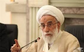 آیت الله احمد جنتی در هفتمین اجلاسیه مجلس خبرگان رهبری مطرح کرد: غارتگرها از داخل و خارج کشور تلاش میکنند تا تولید رونق نگیرد و مردم در فقر و فلاکت باشند و در اثر تنگدستی، شورش کنند