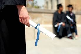 استقبال فارغ التحصیلان دارابی از طرح کارورزی/ در طرح کارورزی؛ به افراد با مدرک کارشناسی ۵۰۰ هزار تومان، فوق لیسانس ۶۰۰ هزار تومان و دکترا ۷۰۰ هزار تومان به مدت سه ماه پرداخت می شود