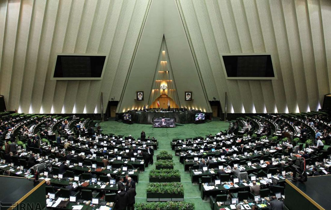 چقدر با وظایف نمایندگان در مجلس شورای اسلامی آشنا هستیم؟