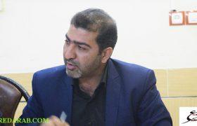 شهردار داراب مطرح کرد: در تلاش هستیم در بلوار حکیم عباس پمپ بنزین، CNG، گازوئیل، آپاراتی و کارواش احداث کنیم تا ضمن ایجاد درآمد پایدار برای ۳۰ تا ۴۰ نفر اشتغال ایجاد شود