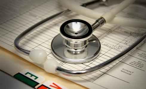 ویزیت بیماران در درمانگاه شفا توسط متخصصین با تعرفه دولتی آغاز شد