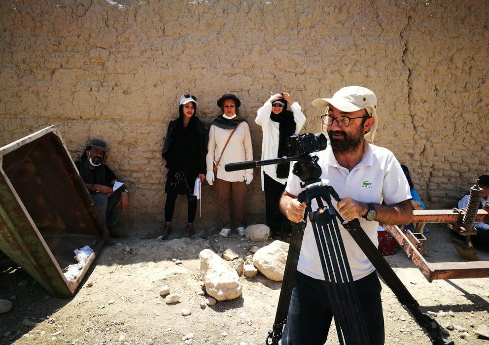 گفتگویی کوتاه با مدیر تصویر برداری فیلم کوتاه داستانی عشق تقسیم بر سه/ اجرایی: فورگ داراب بچه های دلسوز و مستعد و علاقمندی به فیلم و سینما دارد