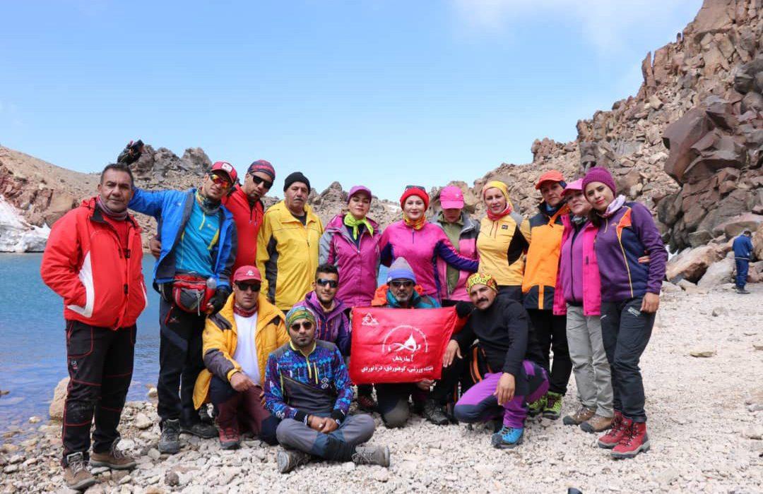 فتح قله سبلان توسط کوهنوردان باشگاه آذرخش داراب